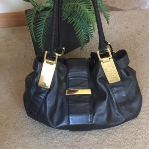 BR : Leather, roomy, & stylish hobo bag!